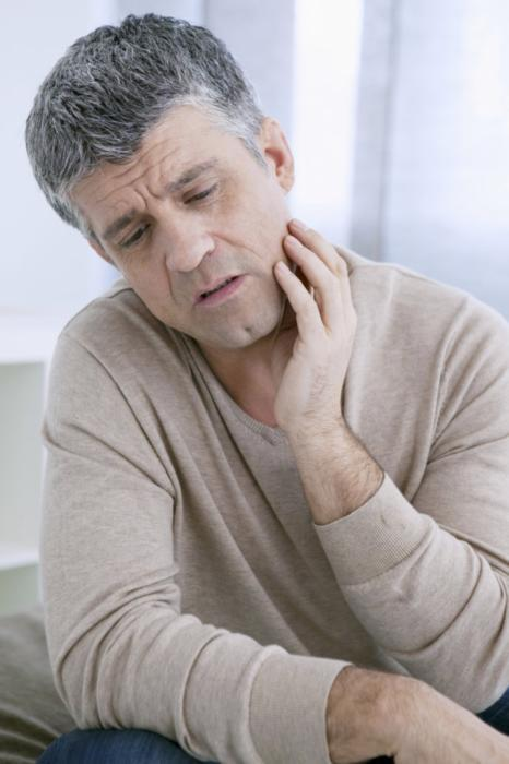 Man with Tooth Pain | Root Canals Hillsboro
